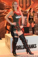 gamescom 2011,world of tanks,world of tanks girls,babes,sexy